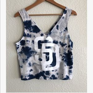 VS PINK San Diego Padres cropped tank sz: Small